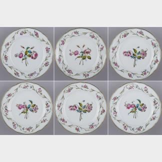 Set of Six Herend Antique Floral Pattern Dinner Plates from 1910 II.