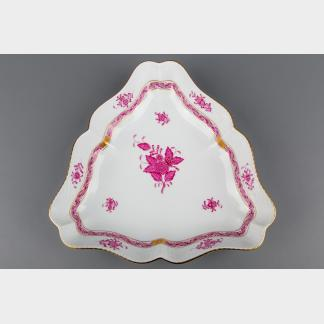 Herend Chinese Bouquet Raspberry Triangle Dish #191/AP