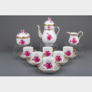 Herend Chinese Bouquet Raspberry Coffee Mocha Set for Six People, 15 Pieces